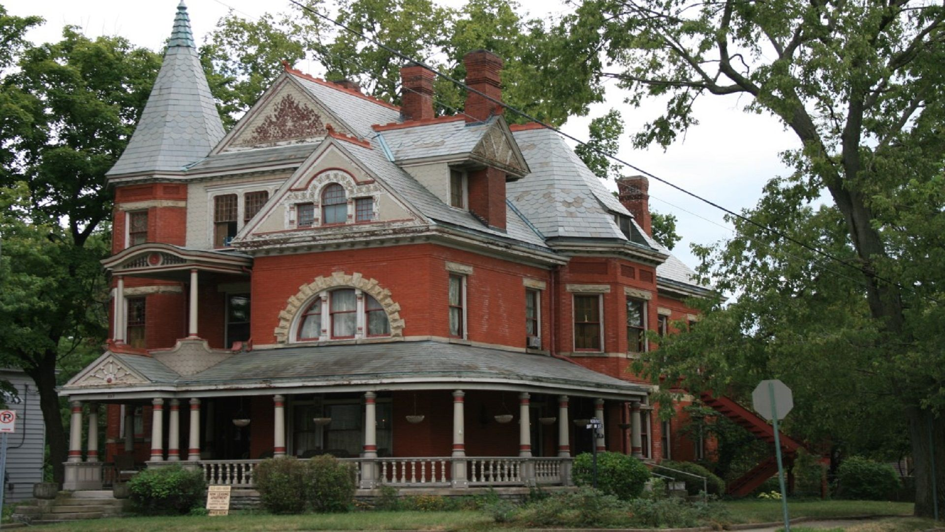 Walk the Haunted Streets of Hamilton Ohio -- If you dare!