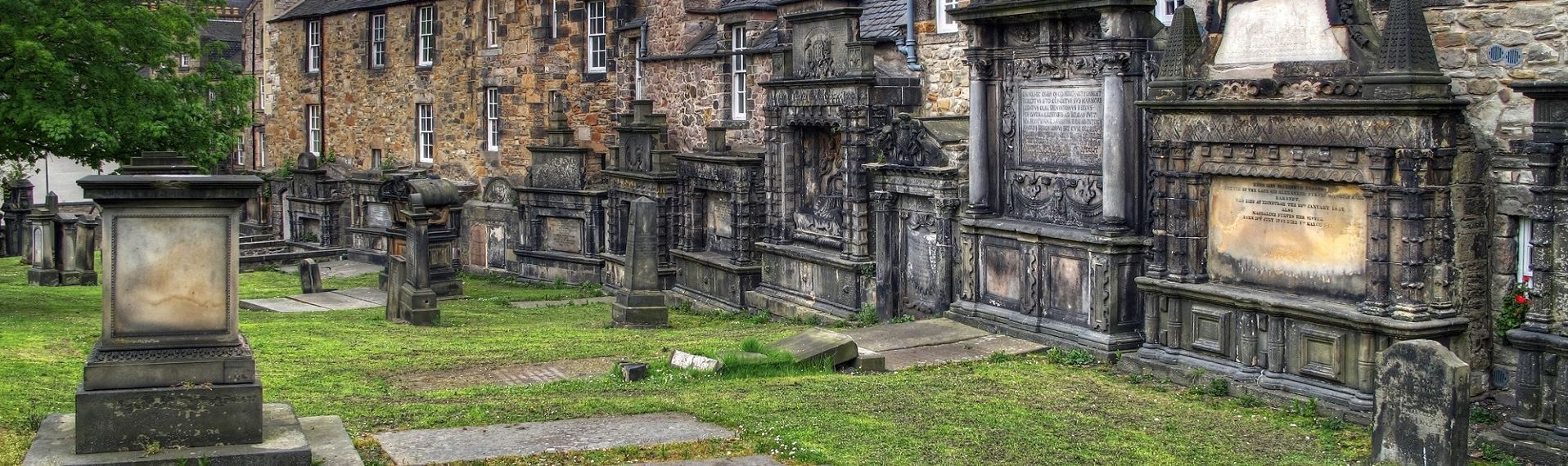 00-Greyfriars-Kirkyard---Haunted-Tomb-of-a-Torturer.jpg