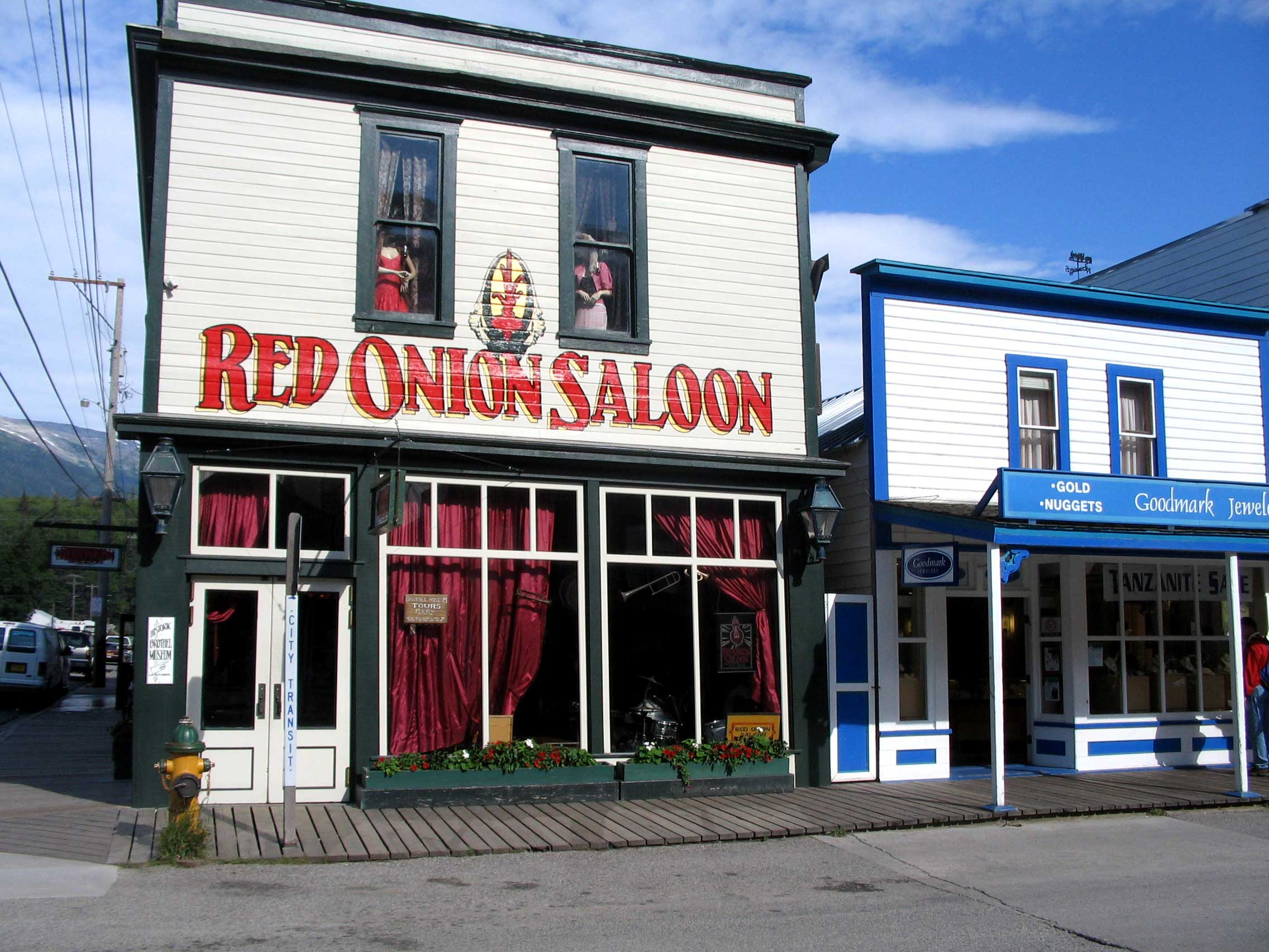 ak-red-onion-saloon-haunted-journeys