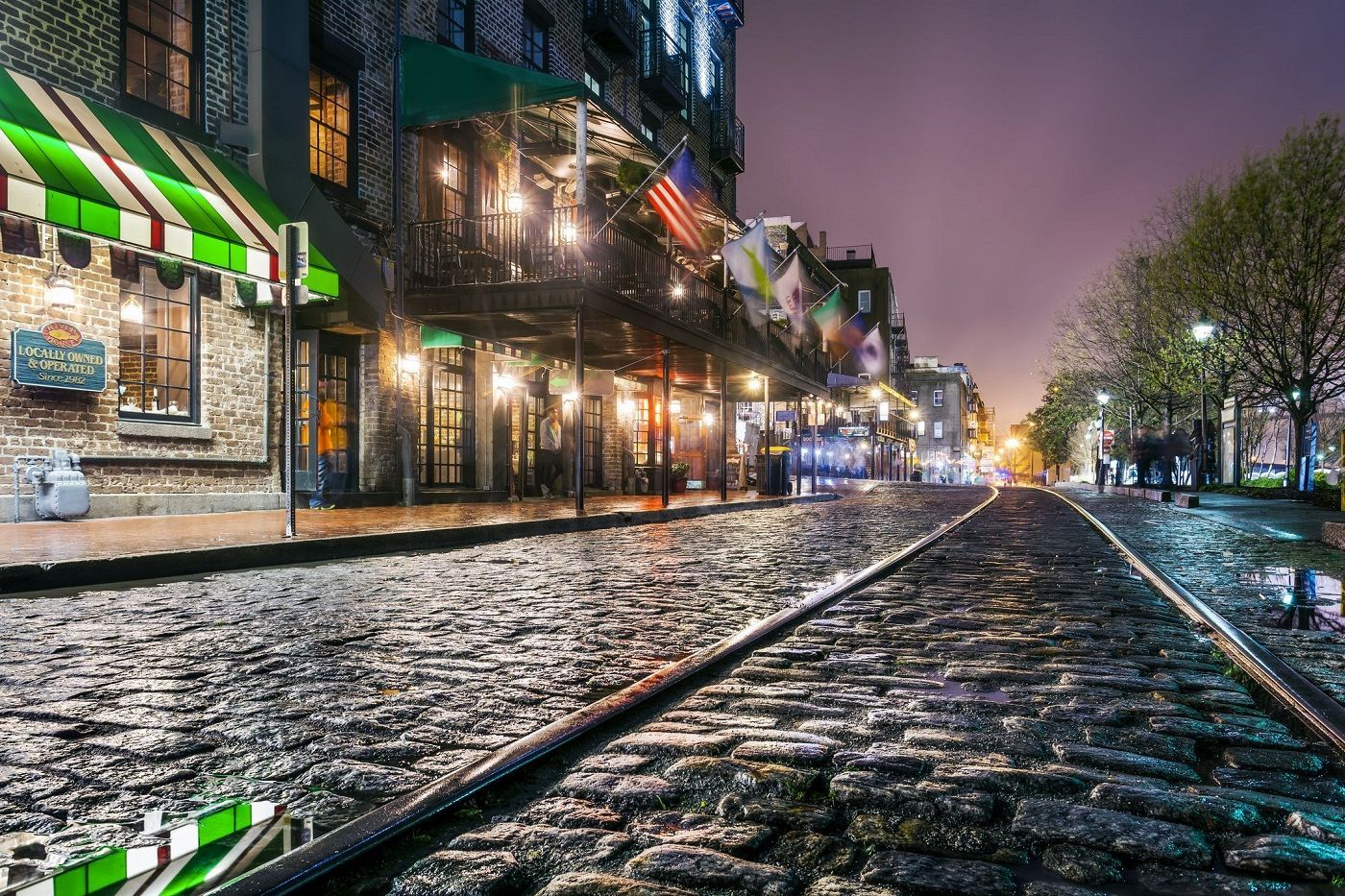 ga-ghosts-of-savannah-tour-1--haunted-journeys