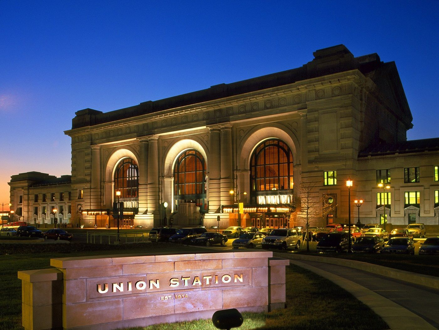 mo-union-station-of-kansas-city--haunted-journeys