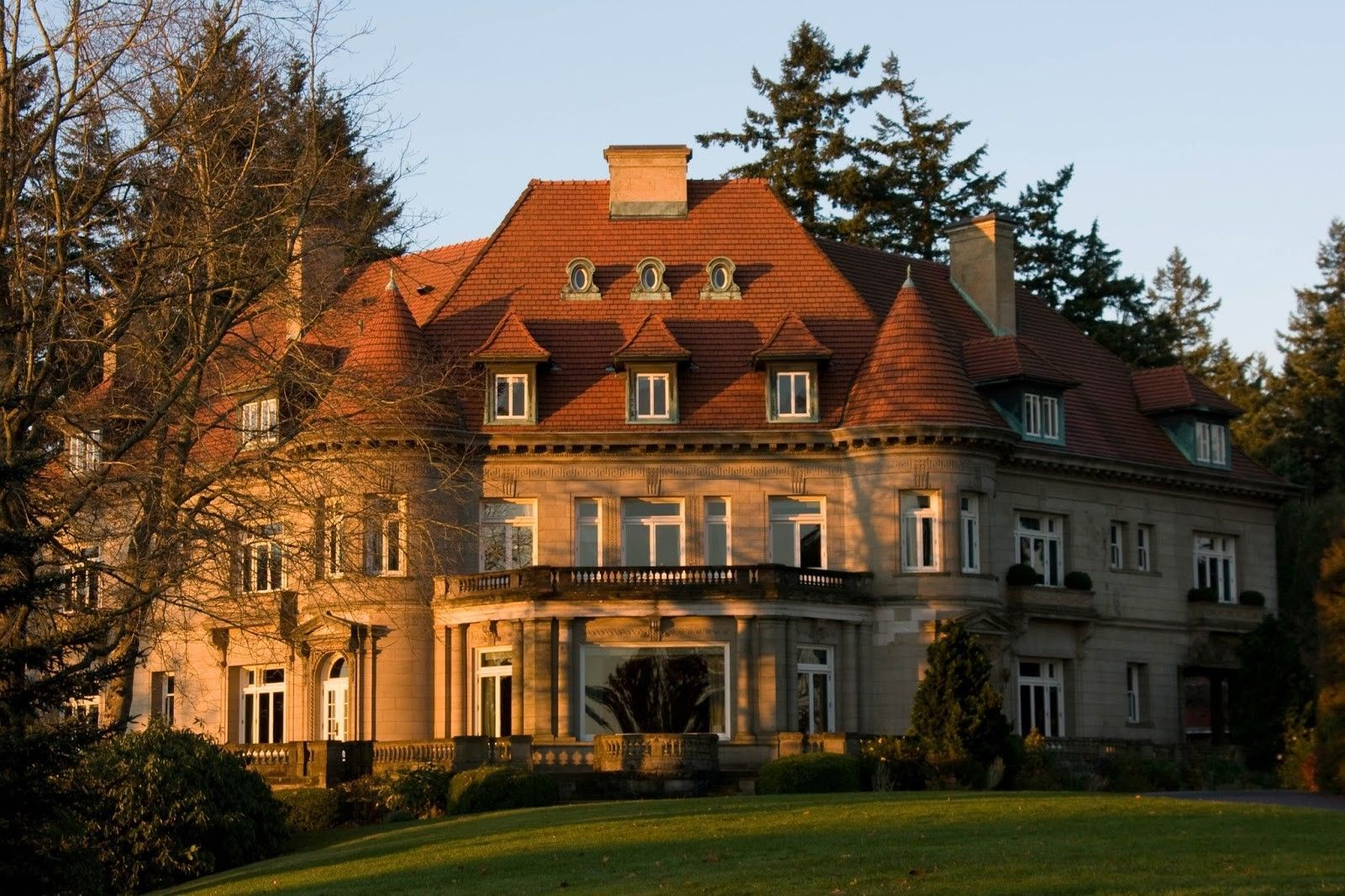 or-pittock-mansion-haunted-journeys