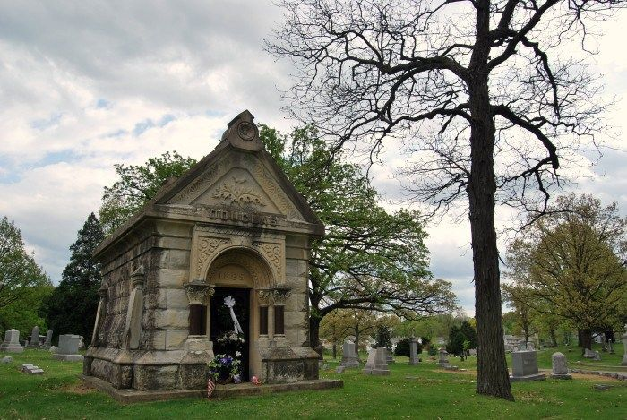 ia-pleasant-ridge-cemetery-haunted-journeys