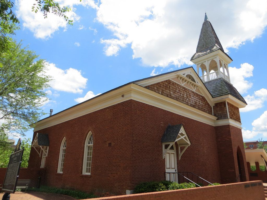 al-auburn-university-chapel--haunted-journeys