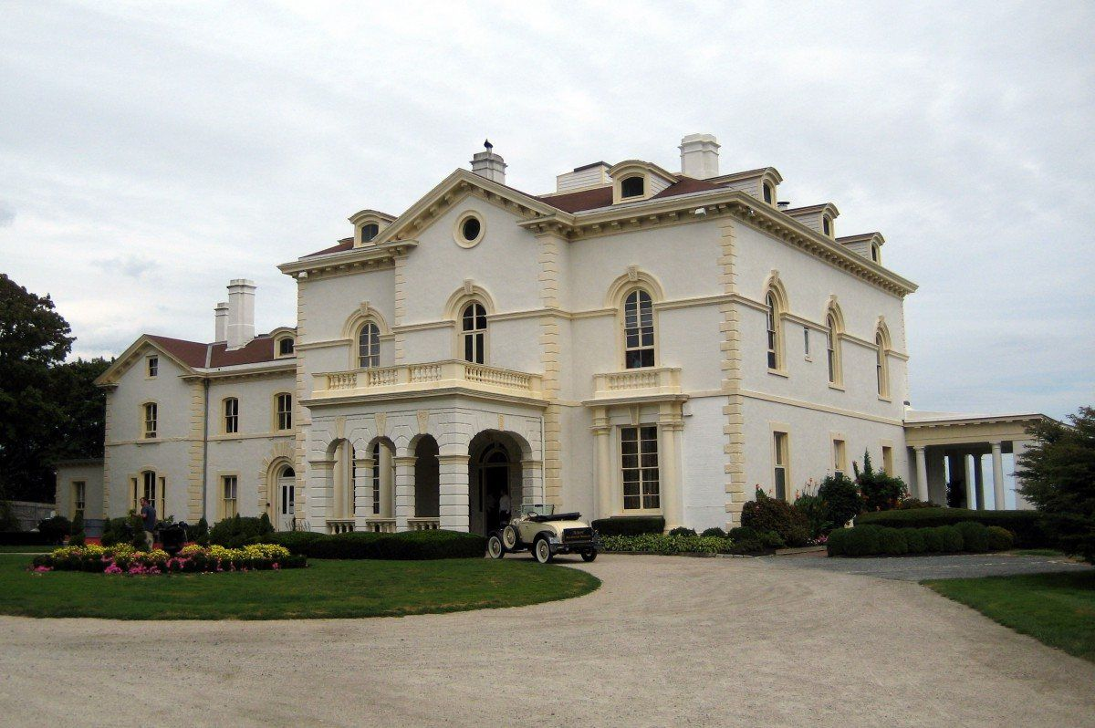 ri-astors-beechwood-mansion-haunted-journeys