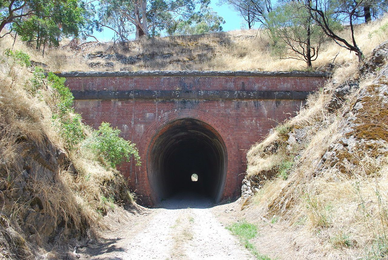 va-big-bull-tunnel-1-haunted-journeys