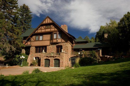 co-bed-and-breakfast-at-historic-onaledge-haunted-journeys