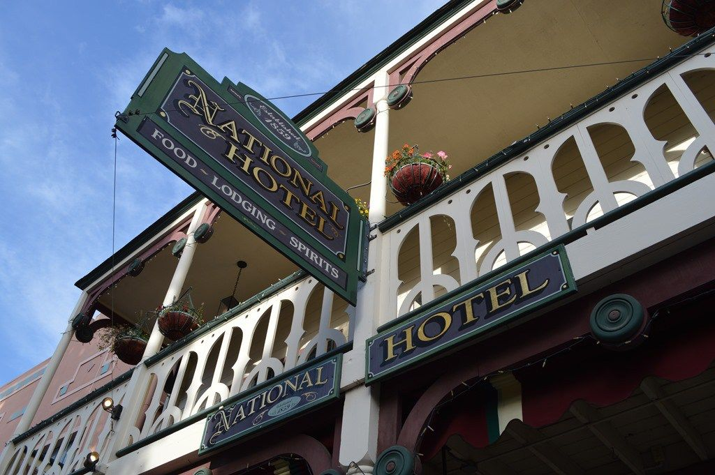 ca1859-historicnationalhotel-haunted-journeys