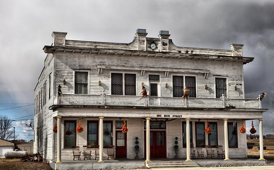 mtadams-hotel-haunted-journeys