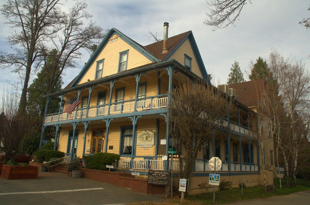ca-american-river-inn2-haunted-journeys
