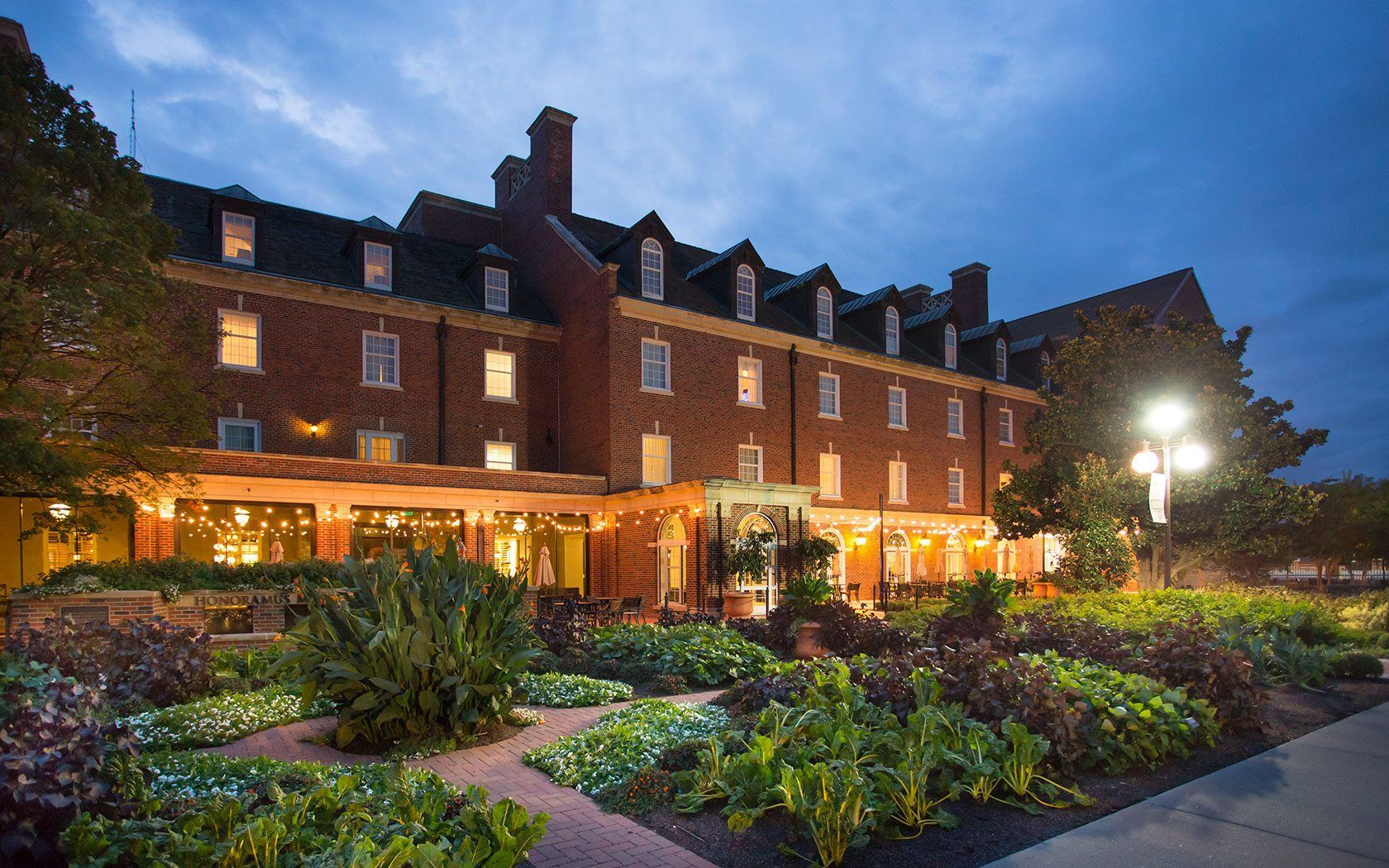 ok-atherton-hotel-at-oklahoma-state-university-haunted-journeys