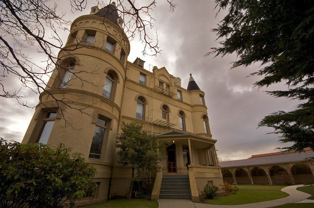wa-manresa-castle-haunted-journeys