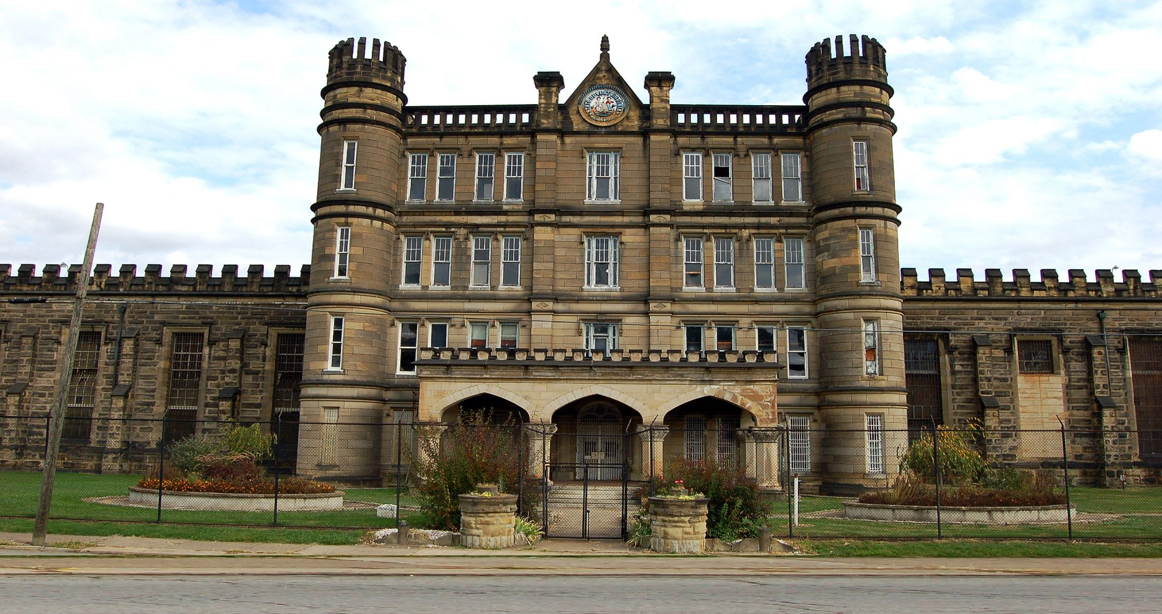wv-west-virginia-penitentiary-00-haunted-journeys
