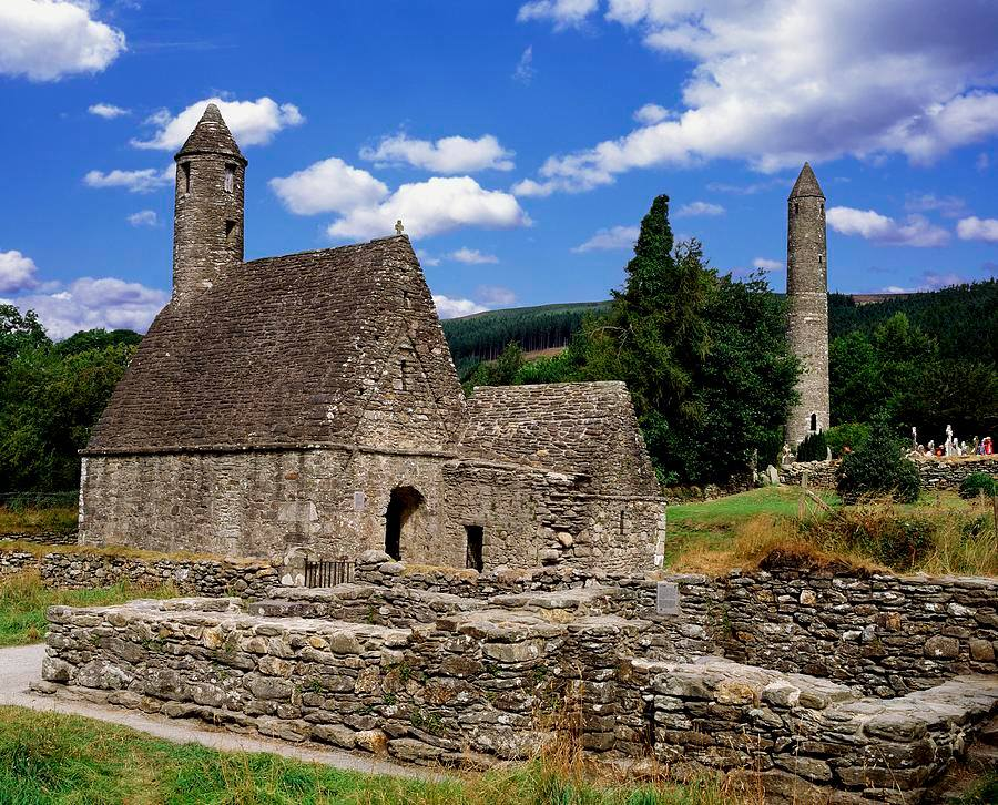 glendalough-monastic-site---haunted-ireland
