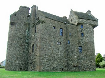 Claypotts Castle in Dundee