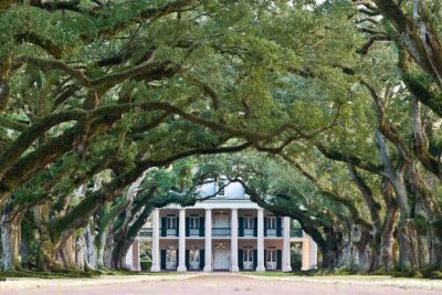 Haunted Oak Alley Plantation