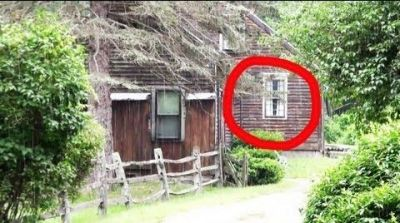 The Haunted Conjuring House