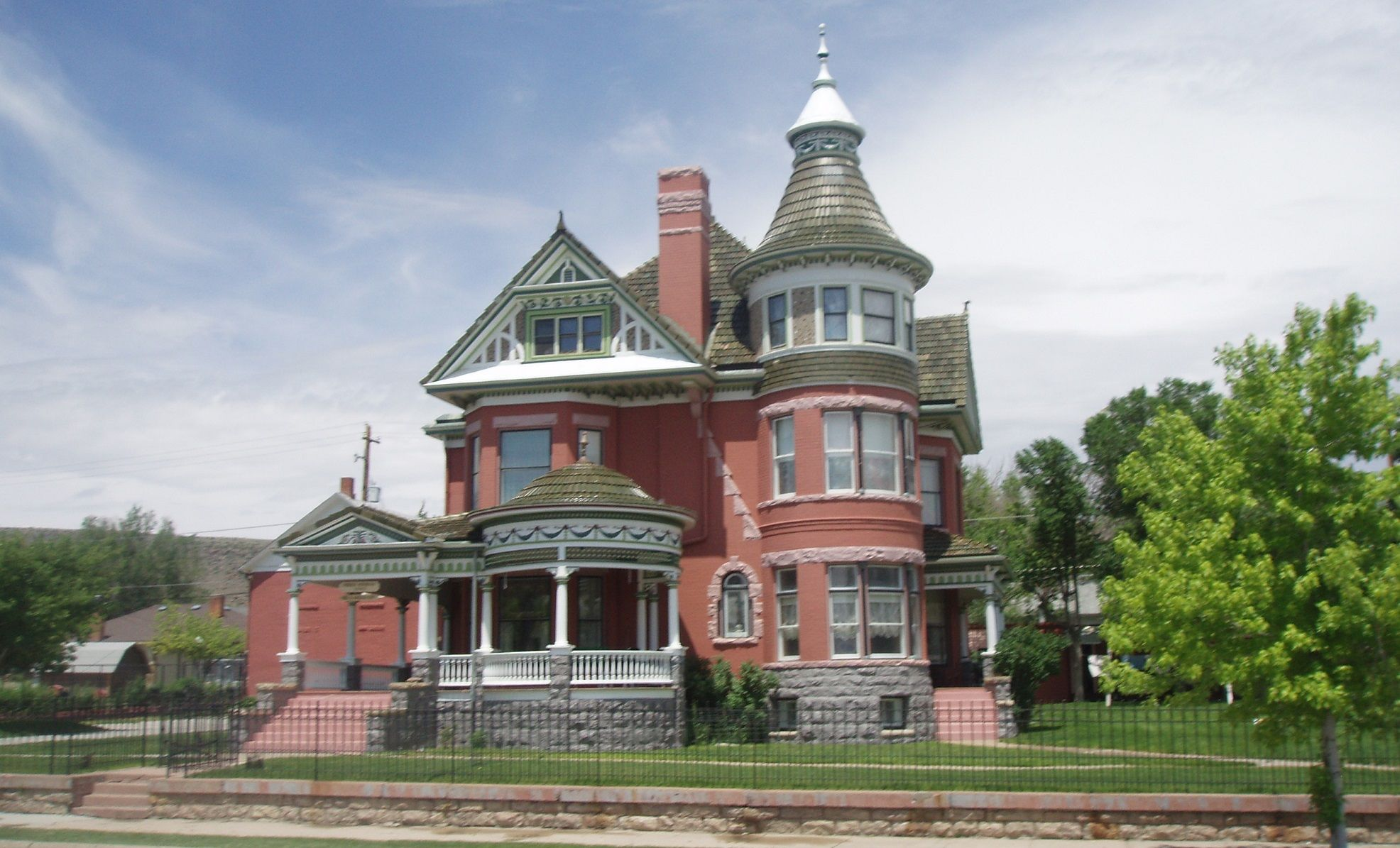 wy-ferris-mansion-00-haunted-journeys