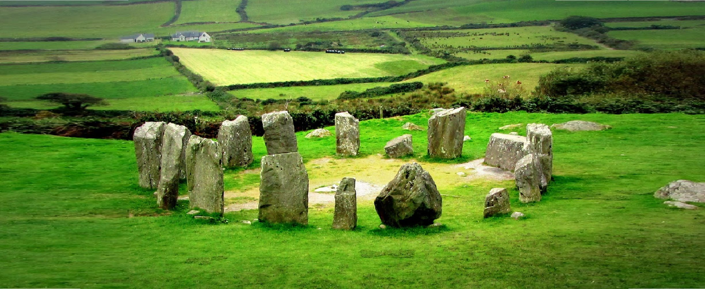 ireland-drombeg-stone-circle-00-haunted-journeys